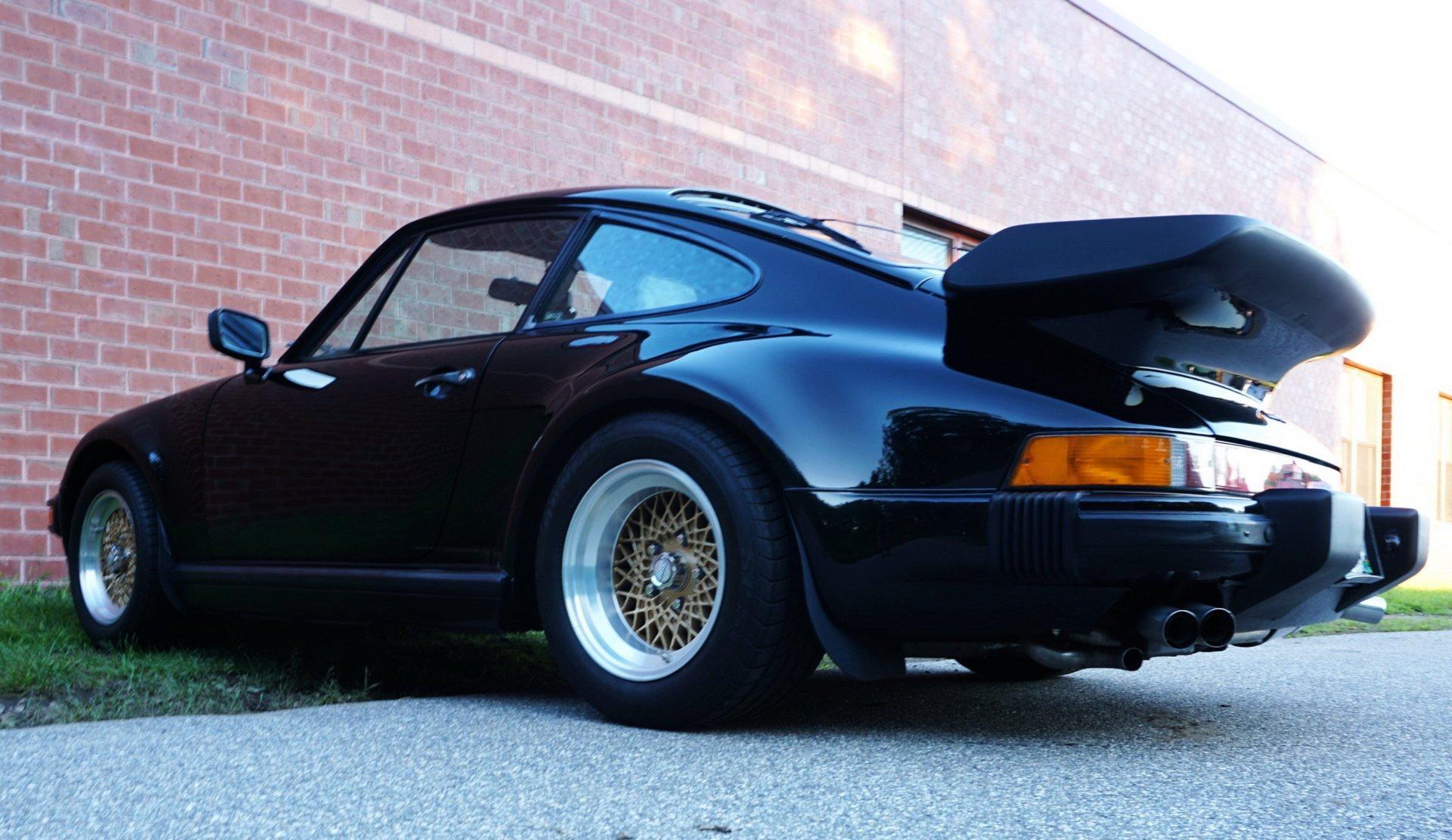 Porsche_930_Turbo_Slantnose_0009