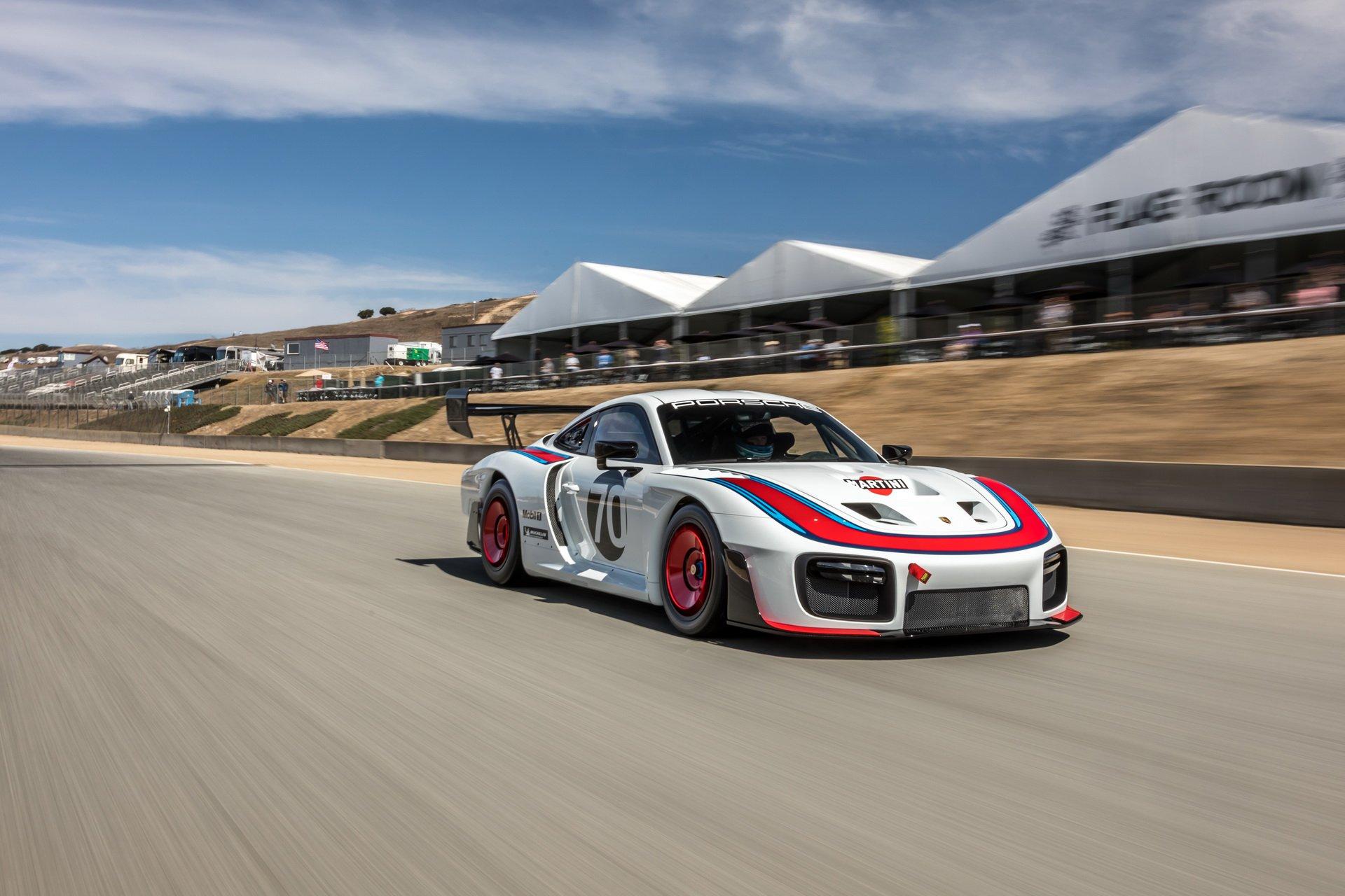 Porsche_935_Laguna_Seca_0000