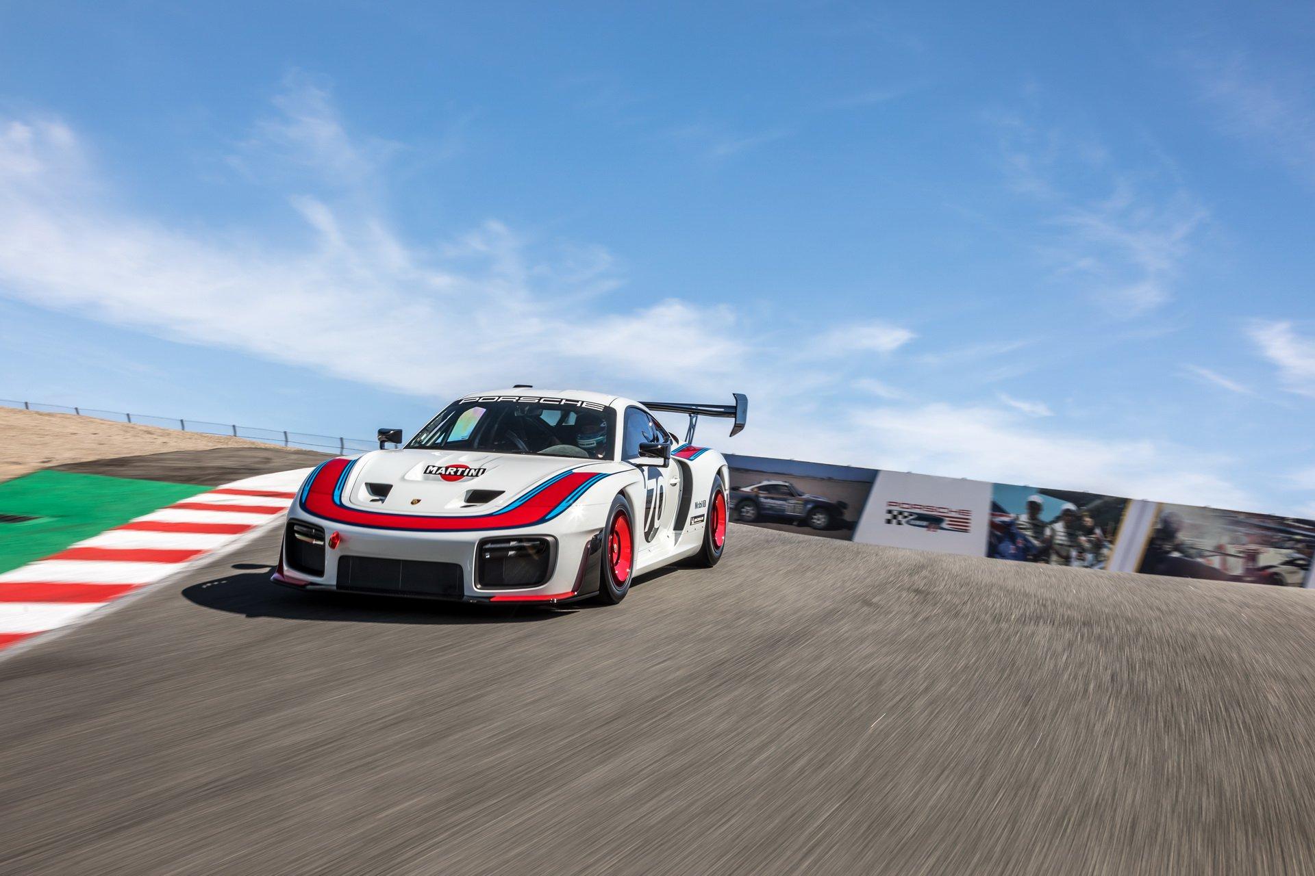 Porsche_935_Laguna_Seca_0001