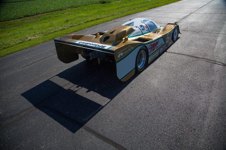 Porsche-962-Back-740x493