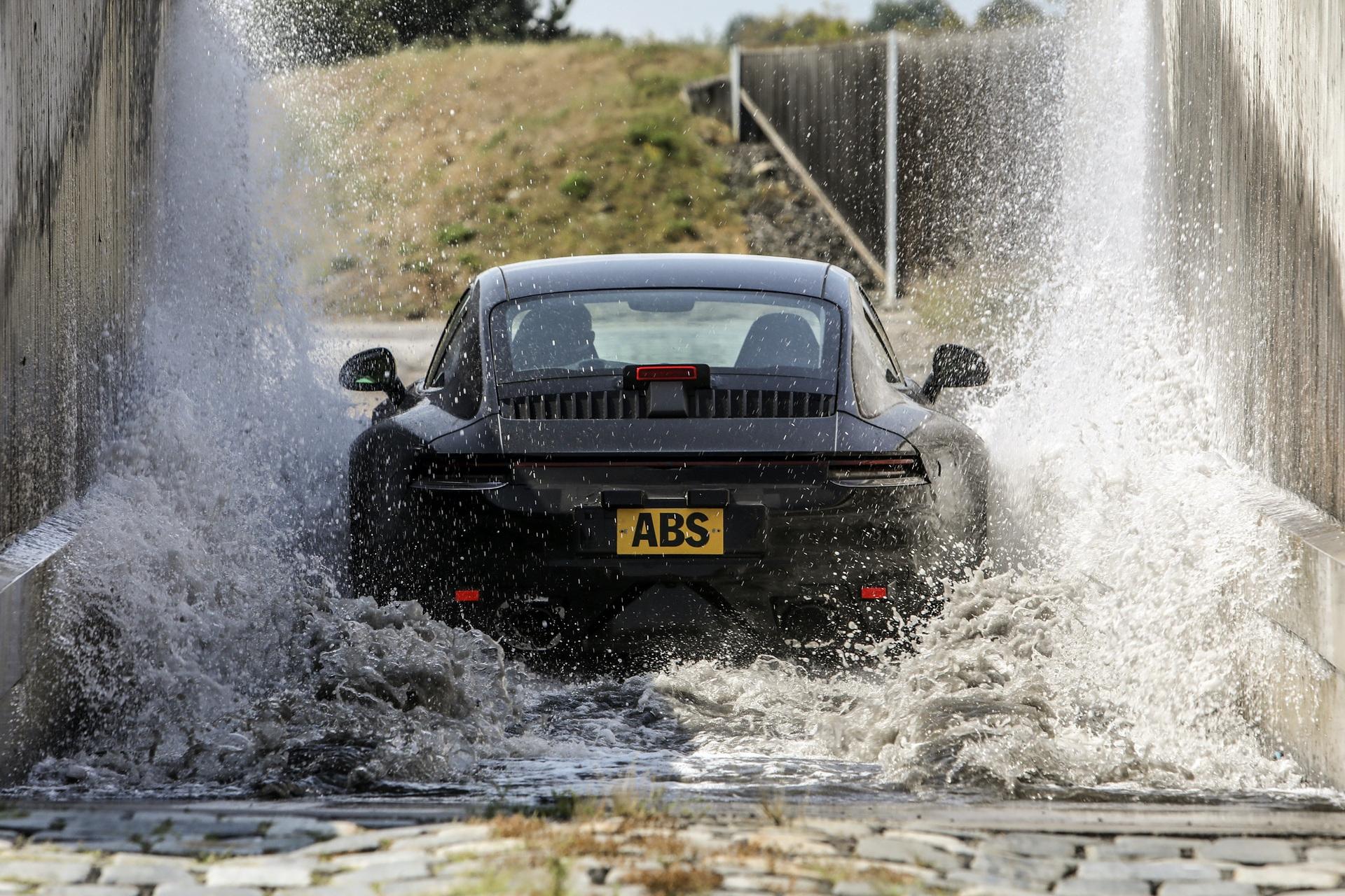 Porsche_992_tests_0000