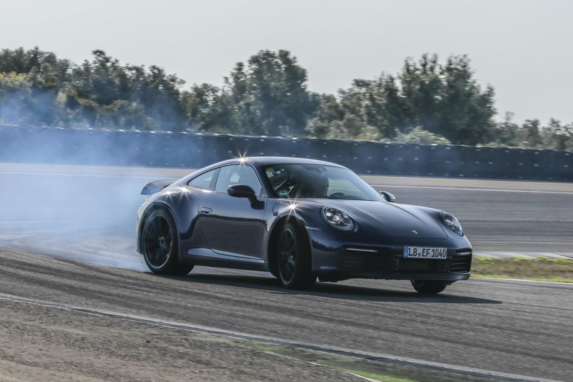 Porsche_992_tests_0008