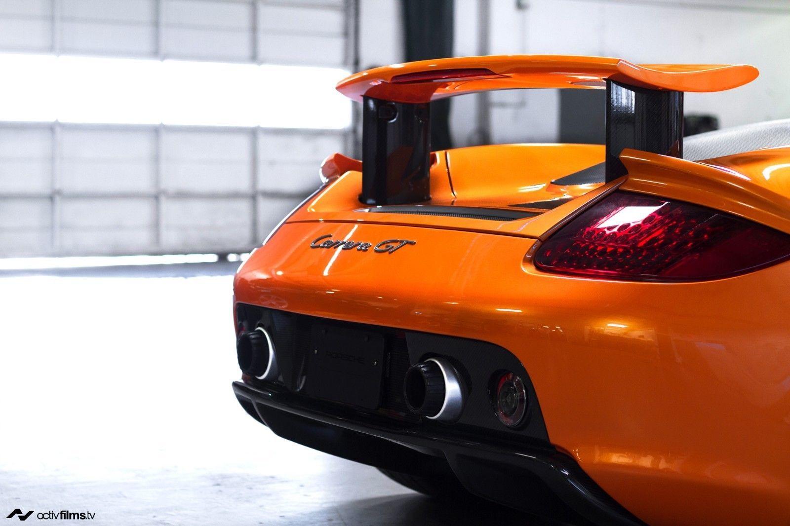 Porsche_Carrera_GT_Αrancio_Βorealis_0003