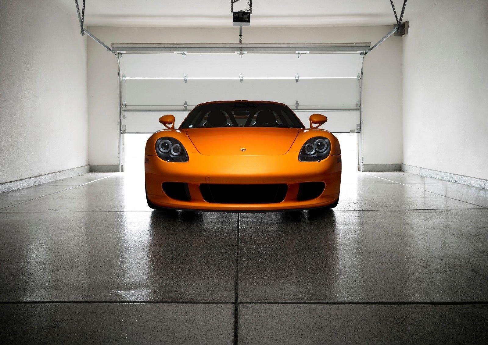 Porsche_Carrera_GT_Αrancio_Βorealis_0008