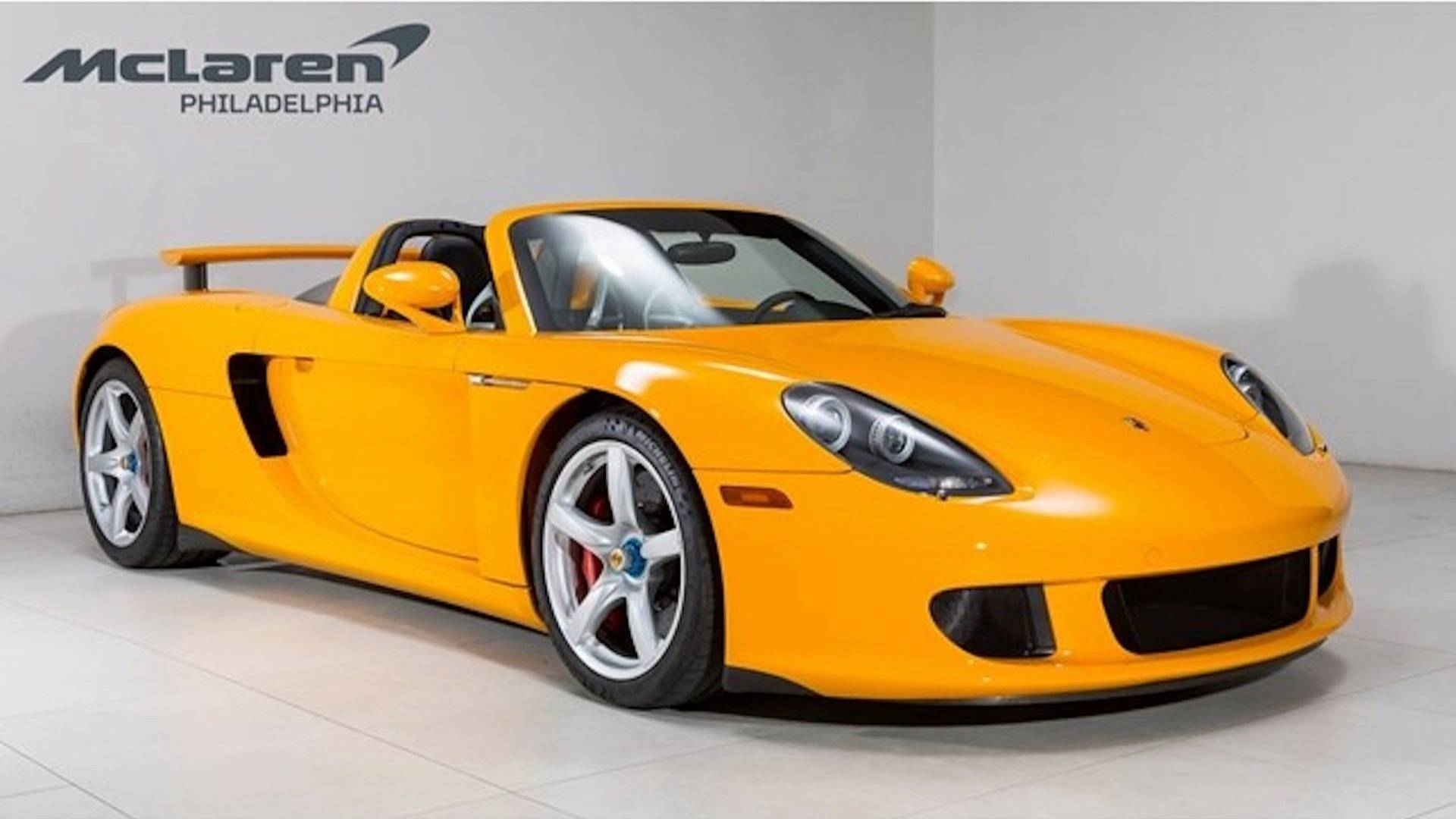 unique-porsche-carrera-gt-signal-yellow (14)