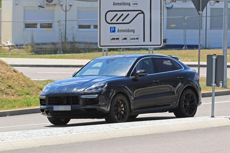Porsche Cayenne Coupe spy (1)