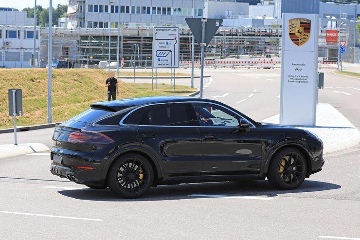 Porsche Cayenne Coupe spy (10)