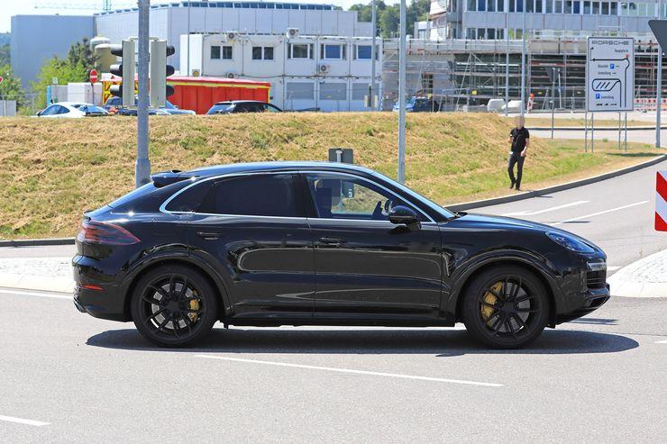 Porsche Cayenne Coupe spy (11)