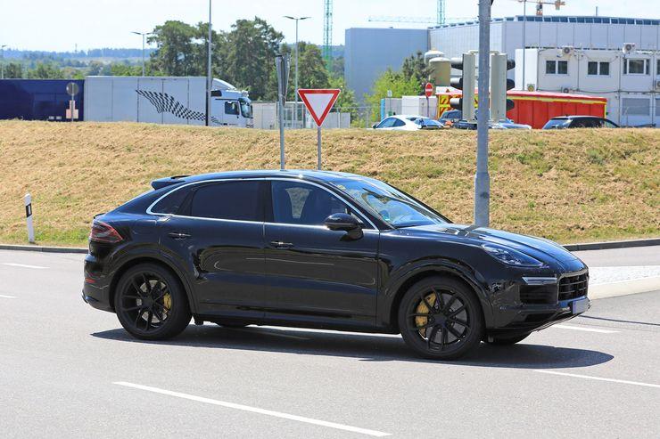 Porsche Cayenne Coupe spy (12)