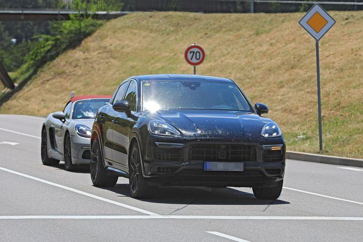 Porsche Cayenne Coupe spy (16)