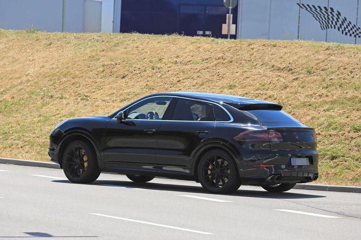 Porsche Cayenne Coupe spy (2)