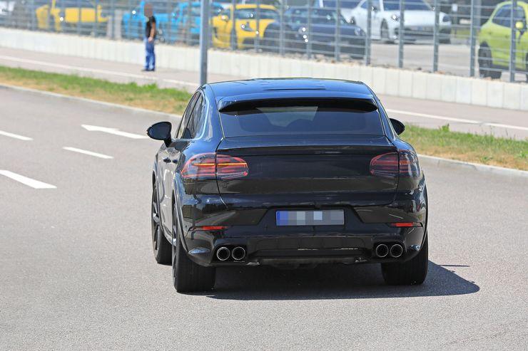 Porsche Cayenne Coupe spy (6)