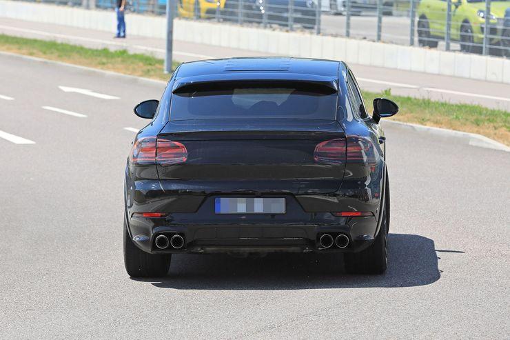 Porsche Cayenne Coupe spy (7)