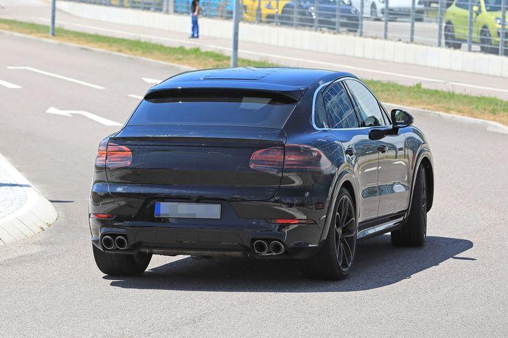 Porsche Cayenne Coupe spy (8)