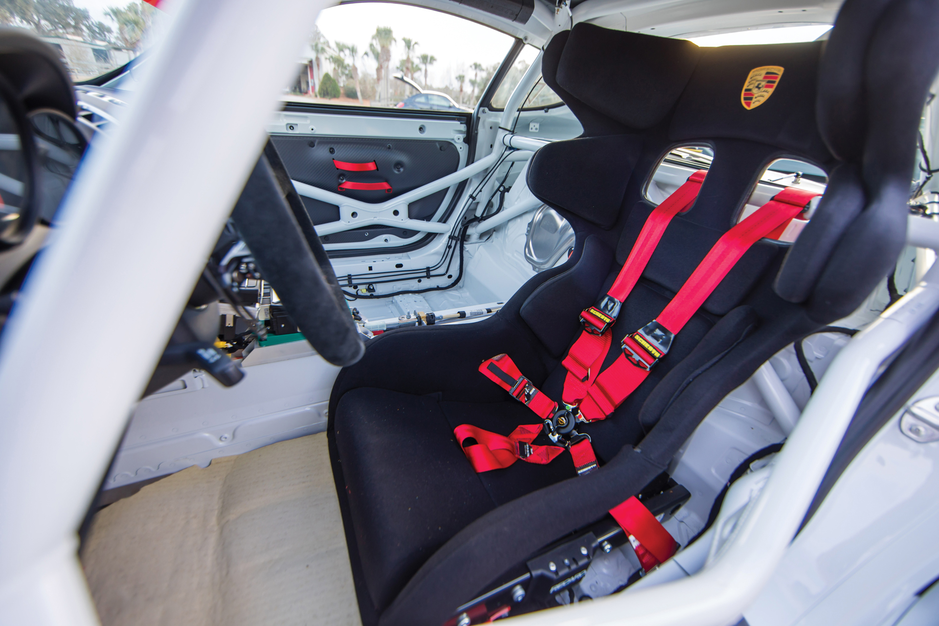2018 RM - 2016 Porsche Cayman GT4 Clubsport 036A - Deremer Studi