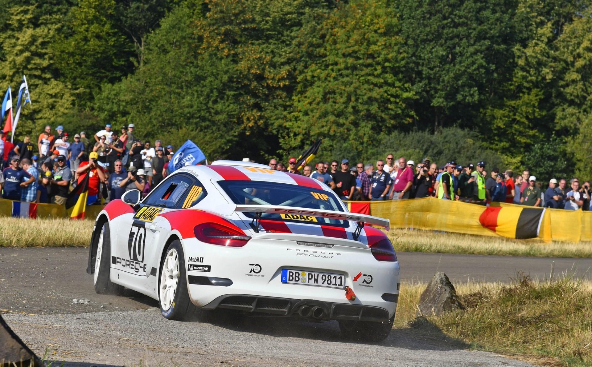 porsche-cayman-gt4-clubsport-rally-concept-14-1