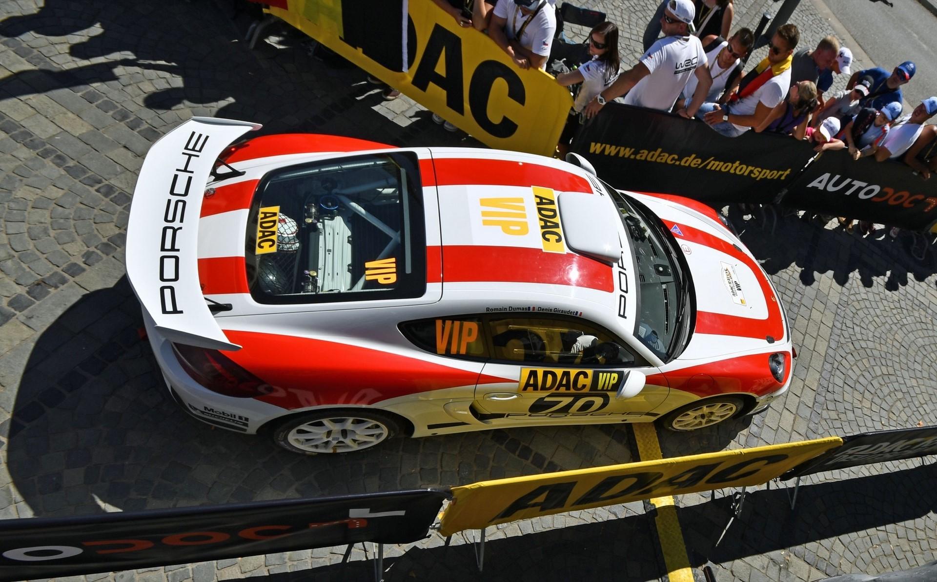 porsche-cayman-gt4-clubsport-rally-concept-25-1