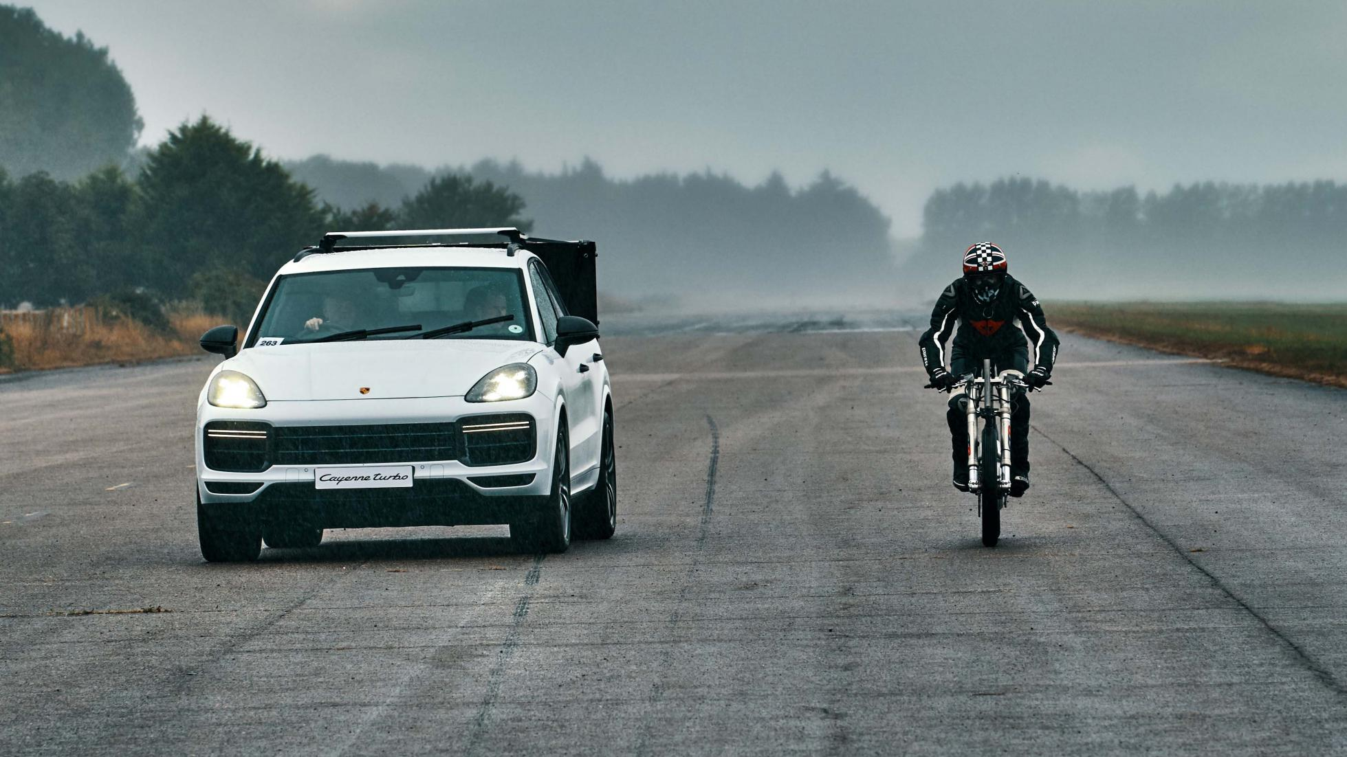 Porsche_bicycle_land_speed_record_0007
