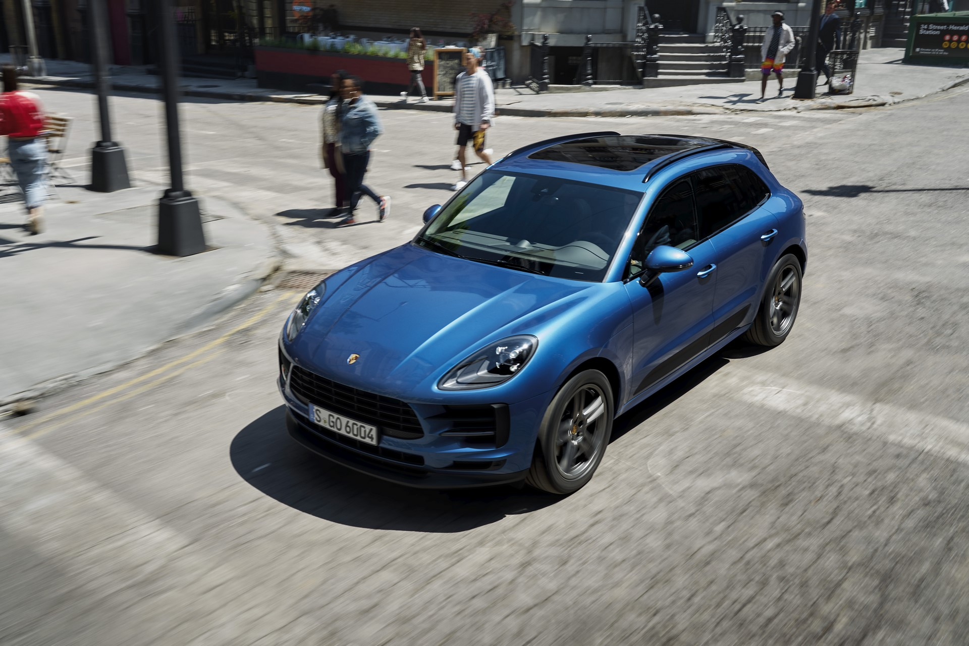 Porsche Macan Facelift Debut (2)