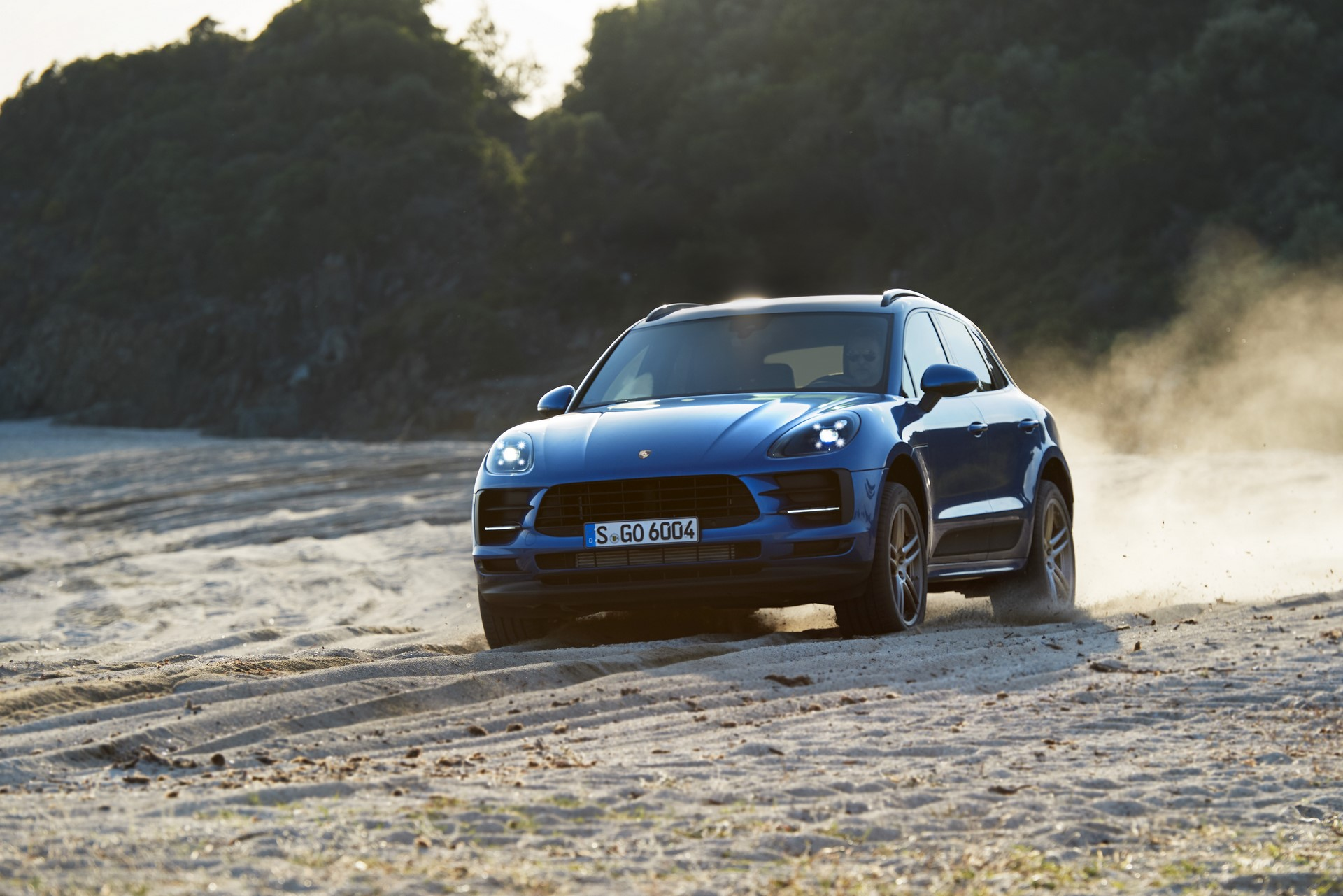 Porsche Macan Facelift Debut (4)