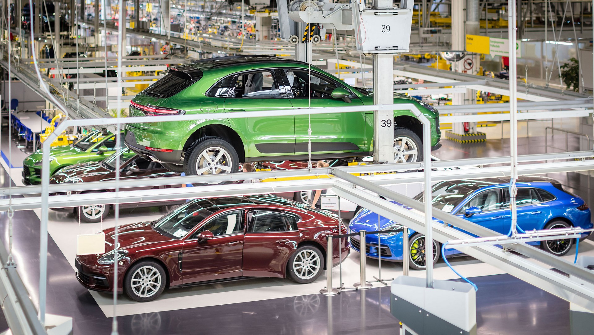 Porsche Macan facelift production plant start leipzig_2018_porsche_ag (6)