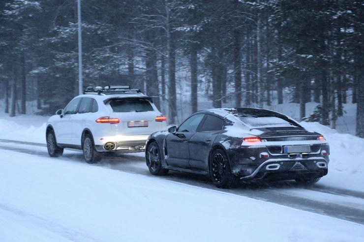 Porsche_Mission_E_Breaks_Down_0001