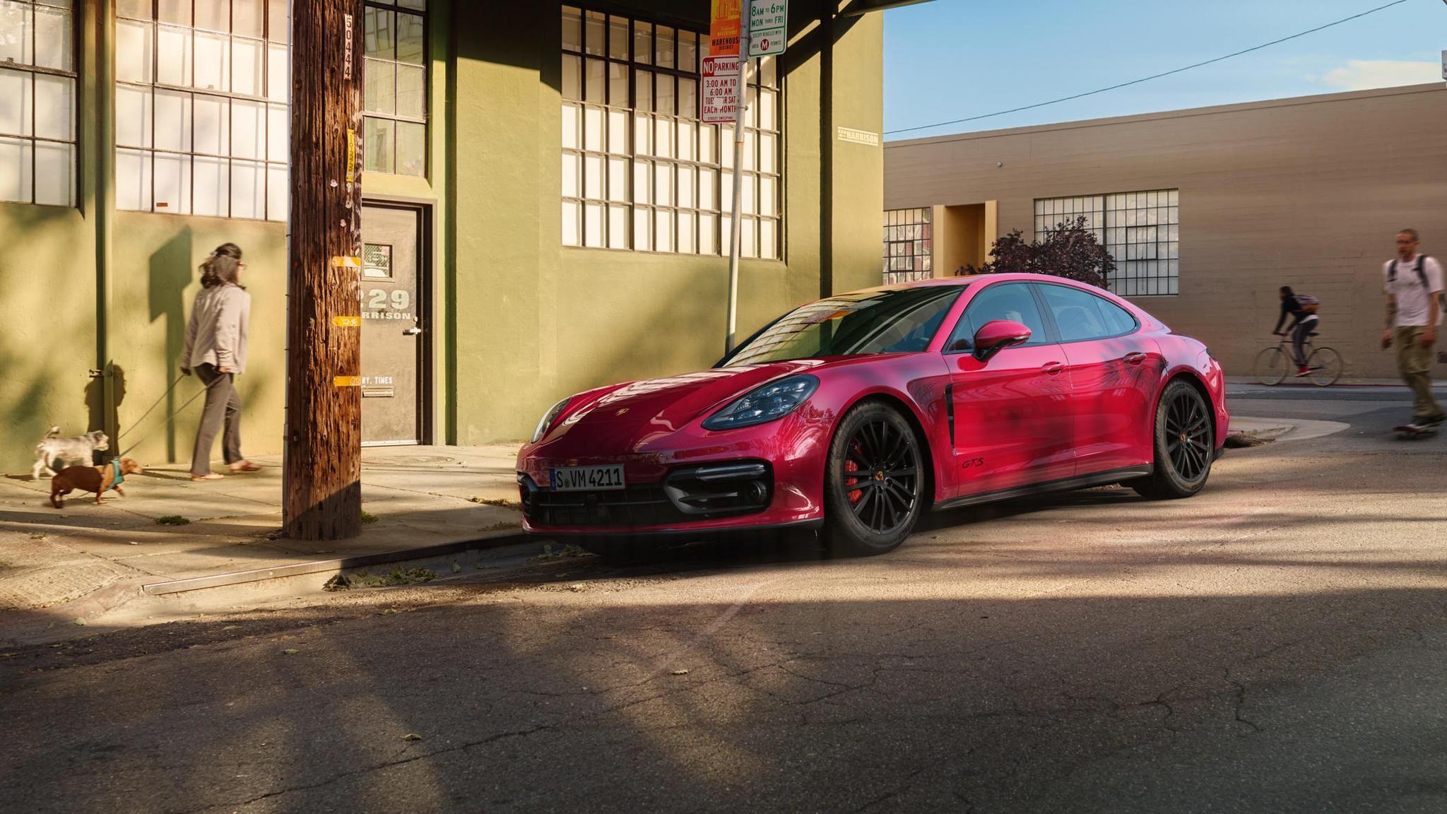 Porsche Panamera GTS and Panamera GTS Sport Turismo (11)