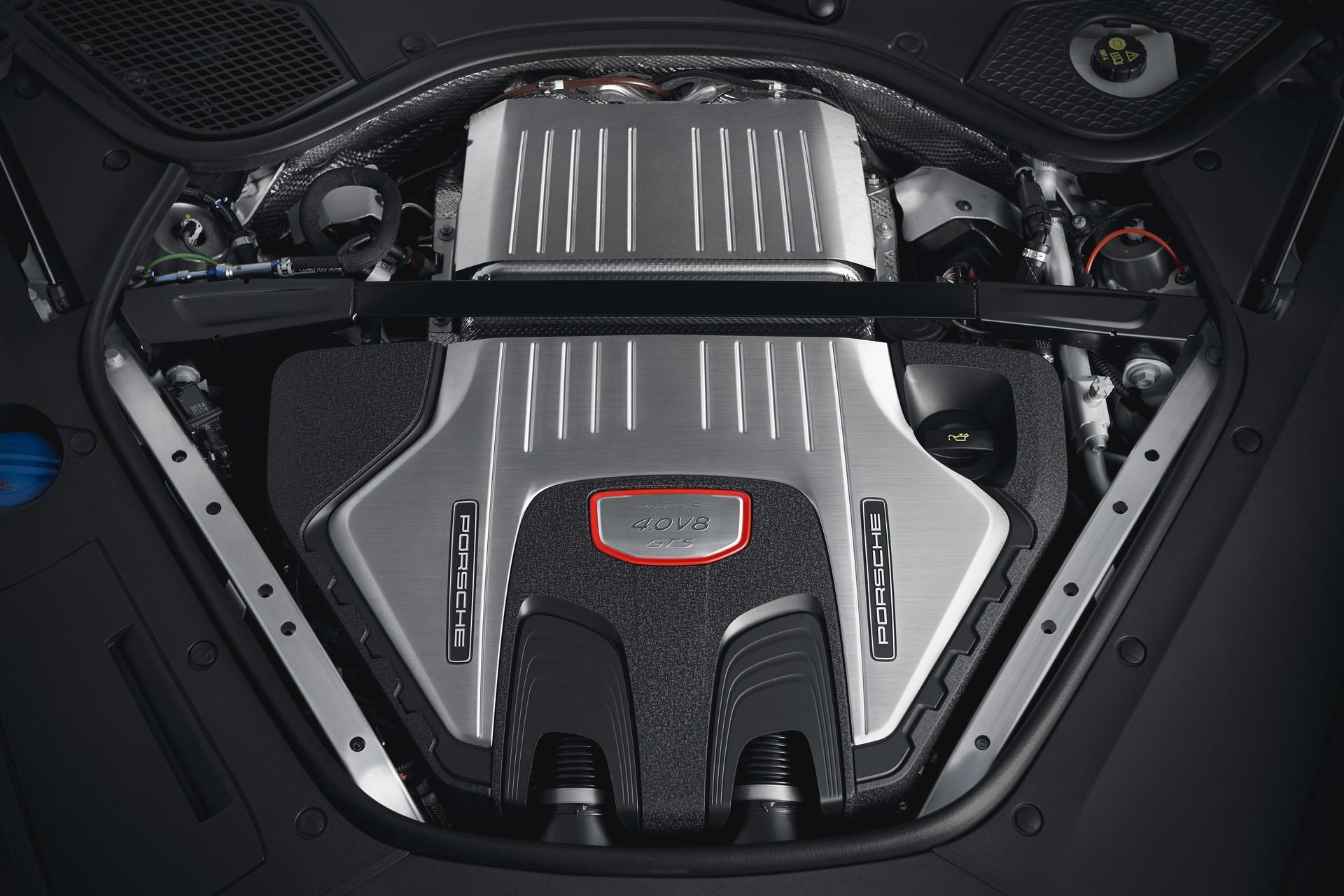 Porsche Panamera GTS and Panamera GTS Sport Turismo (5)
