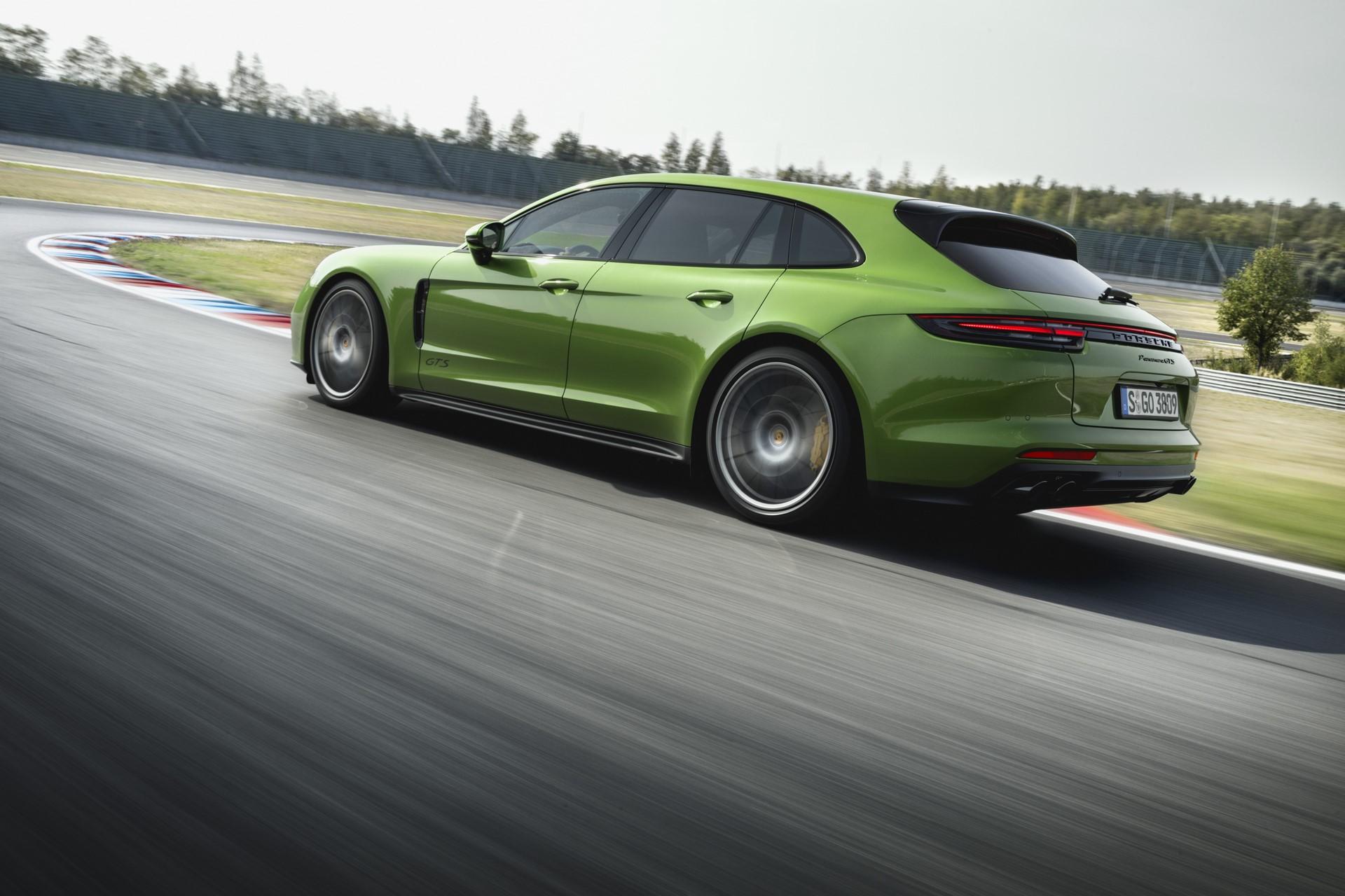 Porsche Panamera GTS and Panamera GTS Sport Turismo (8)