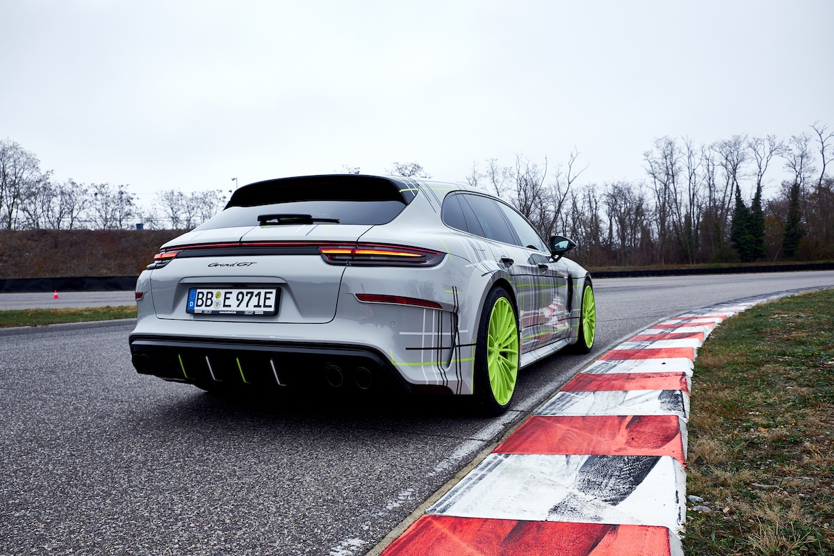 Porsche_Panamera_Turbo_S_E-Hybrid_Sport_Turismo_by_Techart_0001