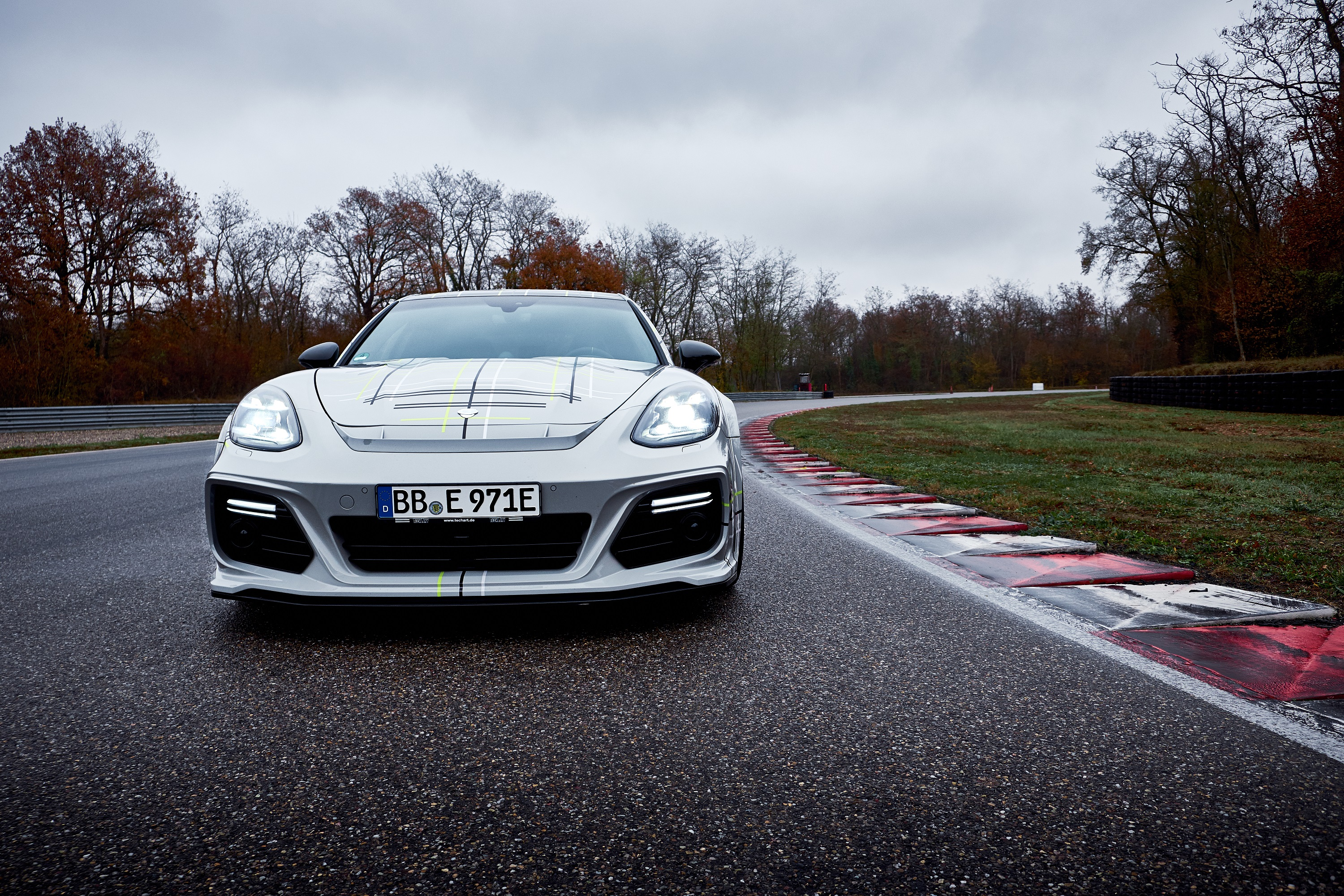 Porsche_Panamera_Turbo_S_E-Hybrid_Sport_Turismo_by_Techart_0013