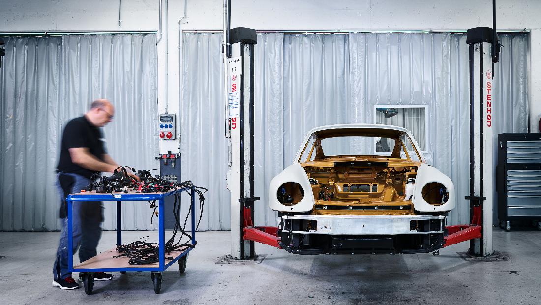 Porsche_Project_Gold_0044