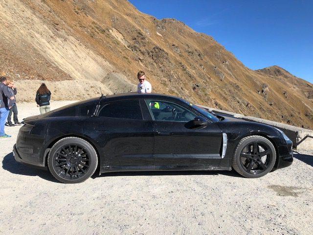 Porsche_Taycan_benchmarked_Tesla_Model_S_0002