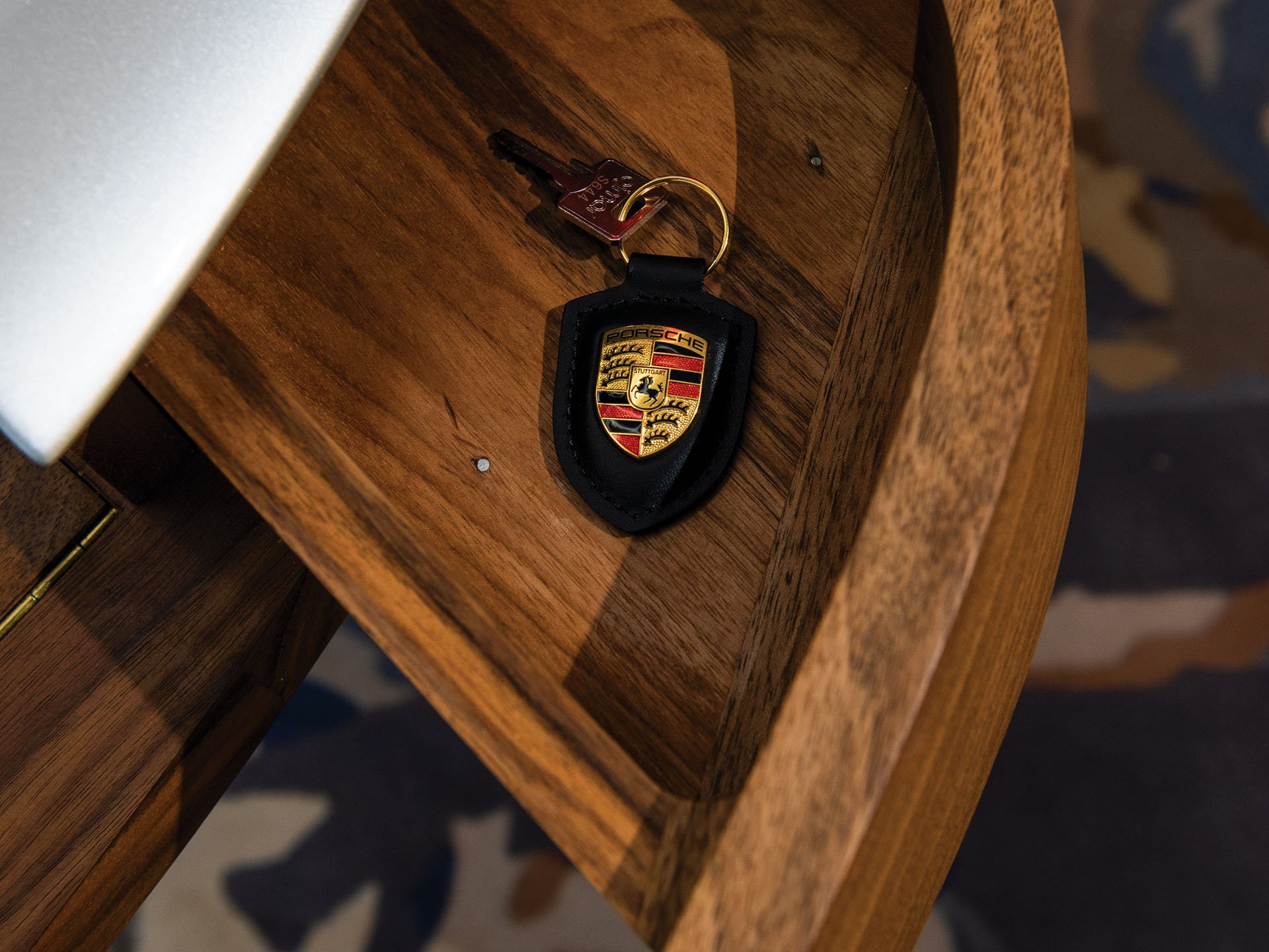 Porsche Writing Desk (10)
