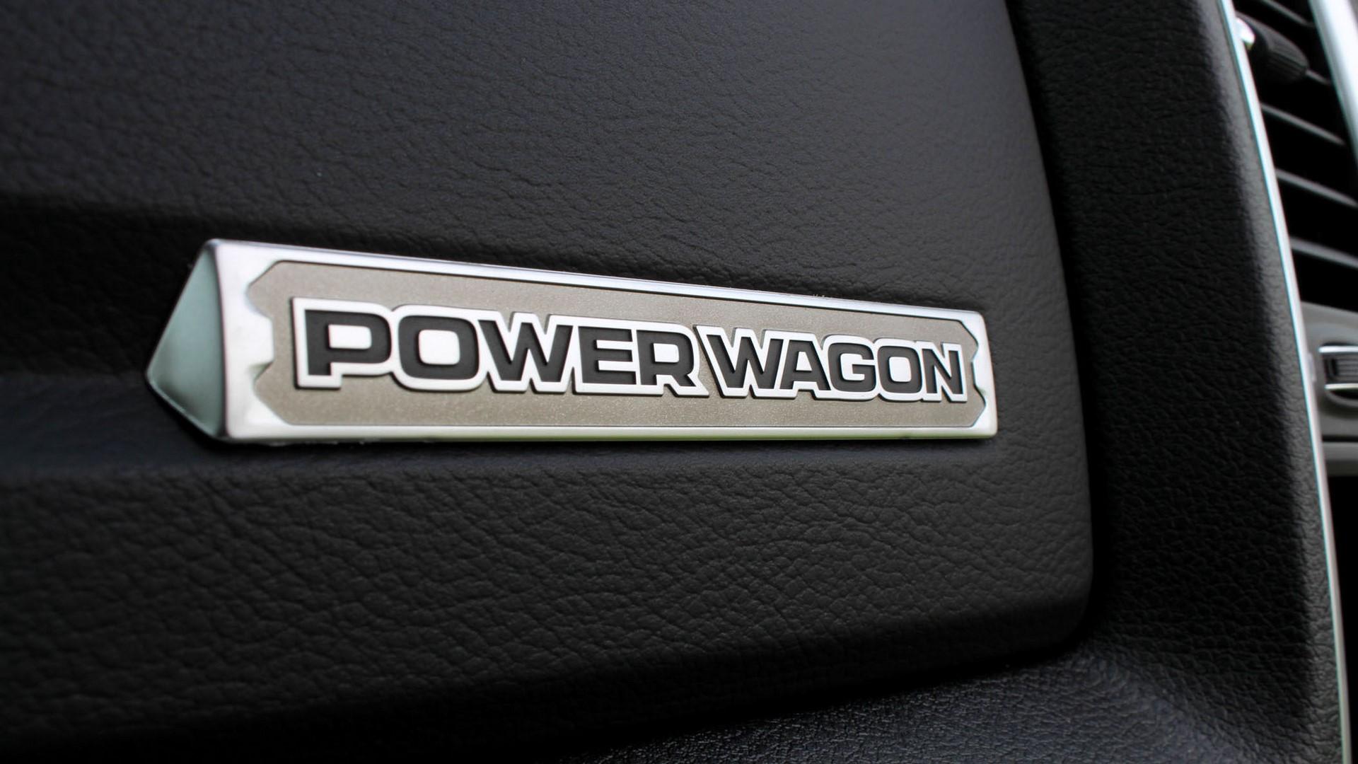 ram-2500-powerwagon-xtras-details-nameplate-2-1