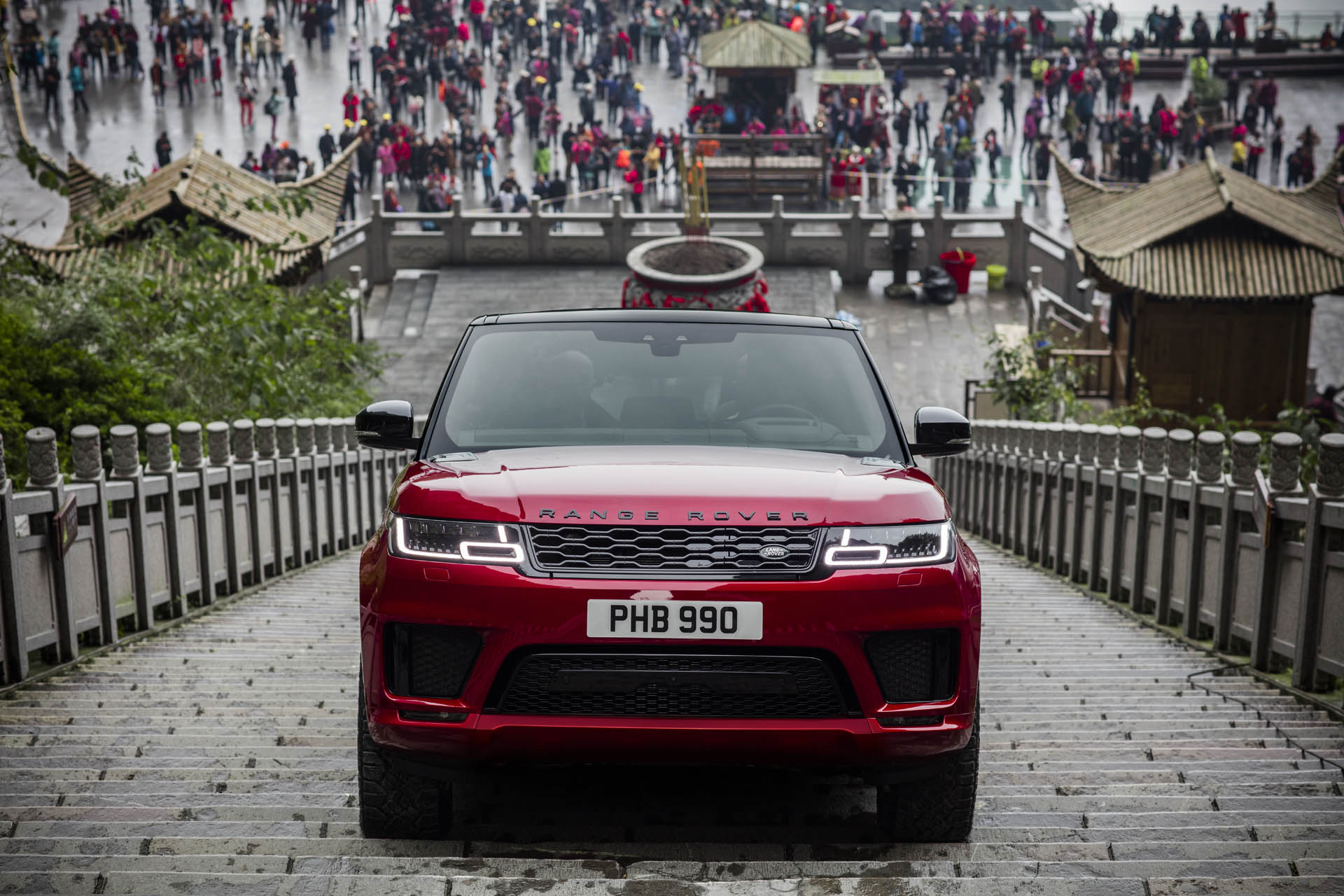 Range_Rover_Sport_PHEV_Dragon_Challenge_02