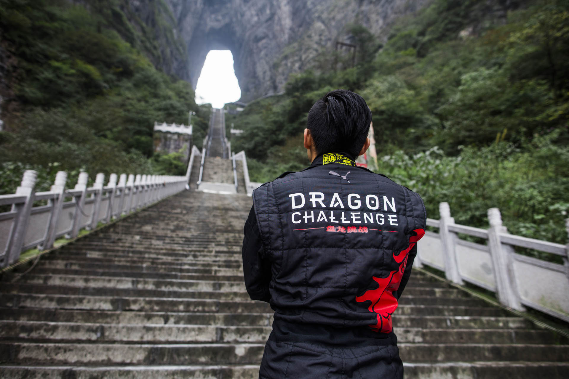 Range_Rover_Sport_PHEV_Dragon_Challenge_06