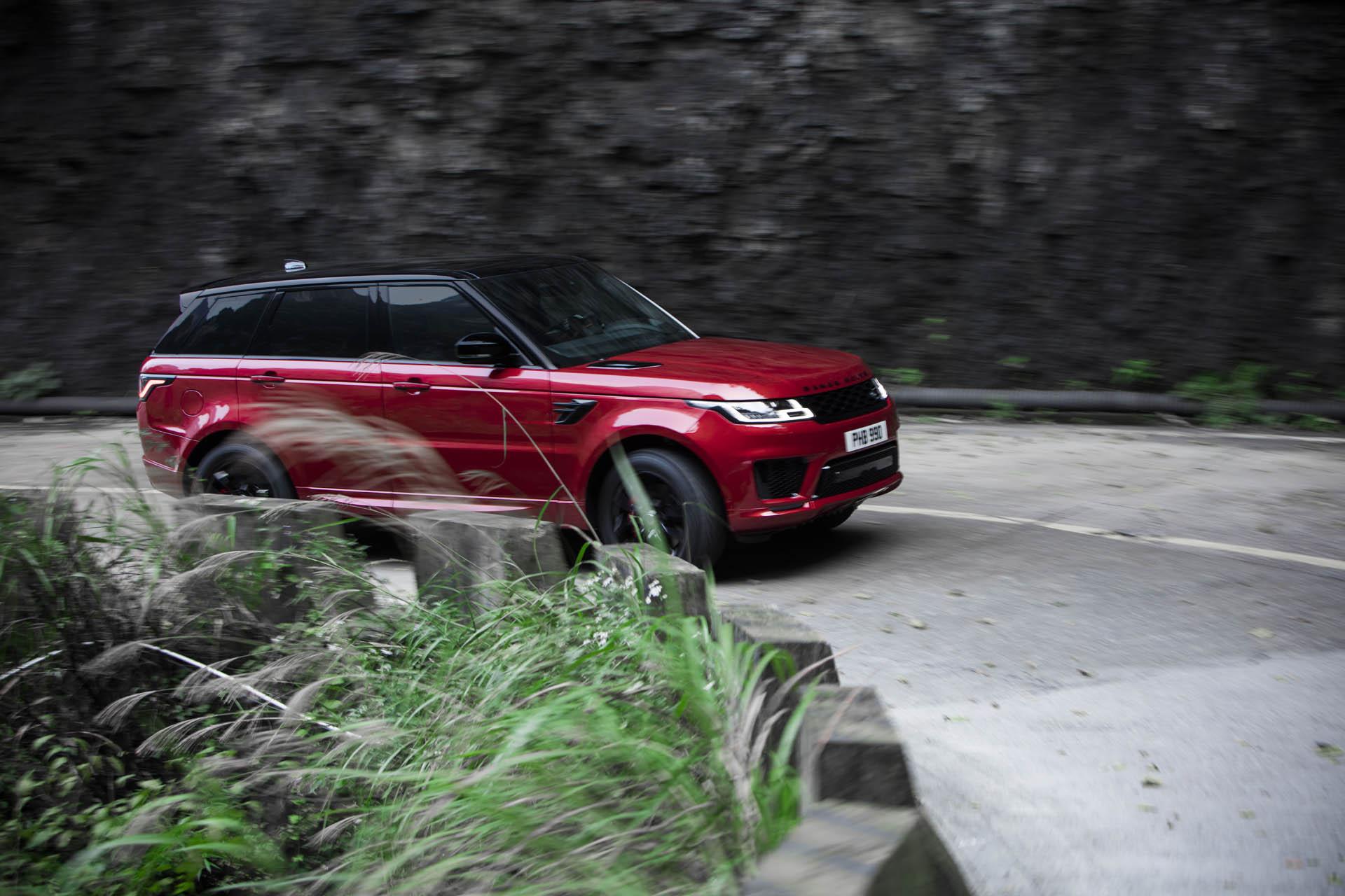 Range_Rover_Sport_PHEV_Dragon_Challenge_16