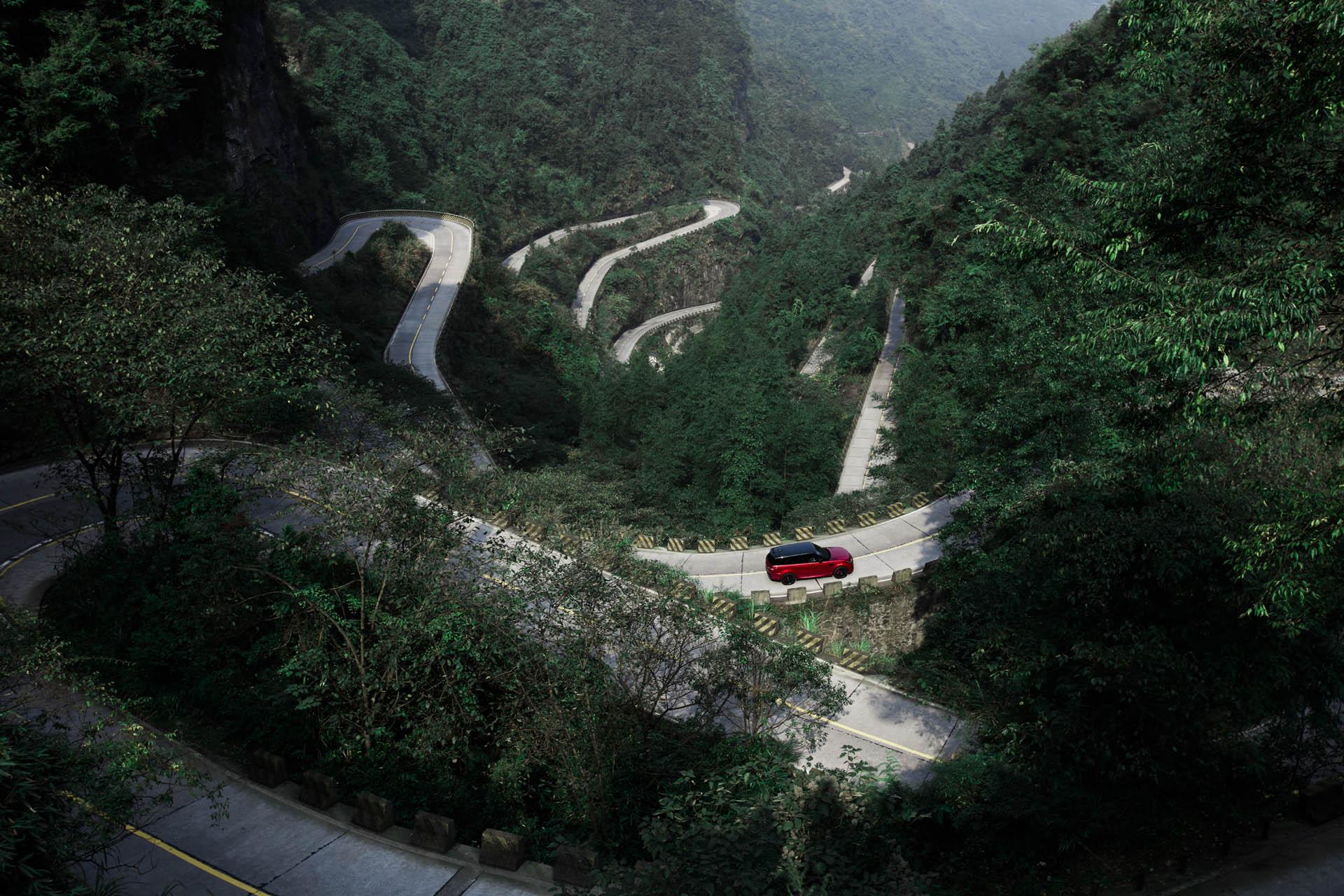 Range_Rover_Sport_PHEV_Dragon_Challenge_20