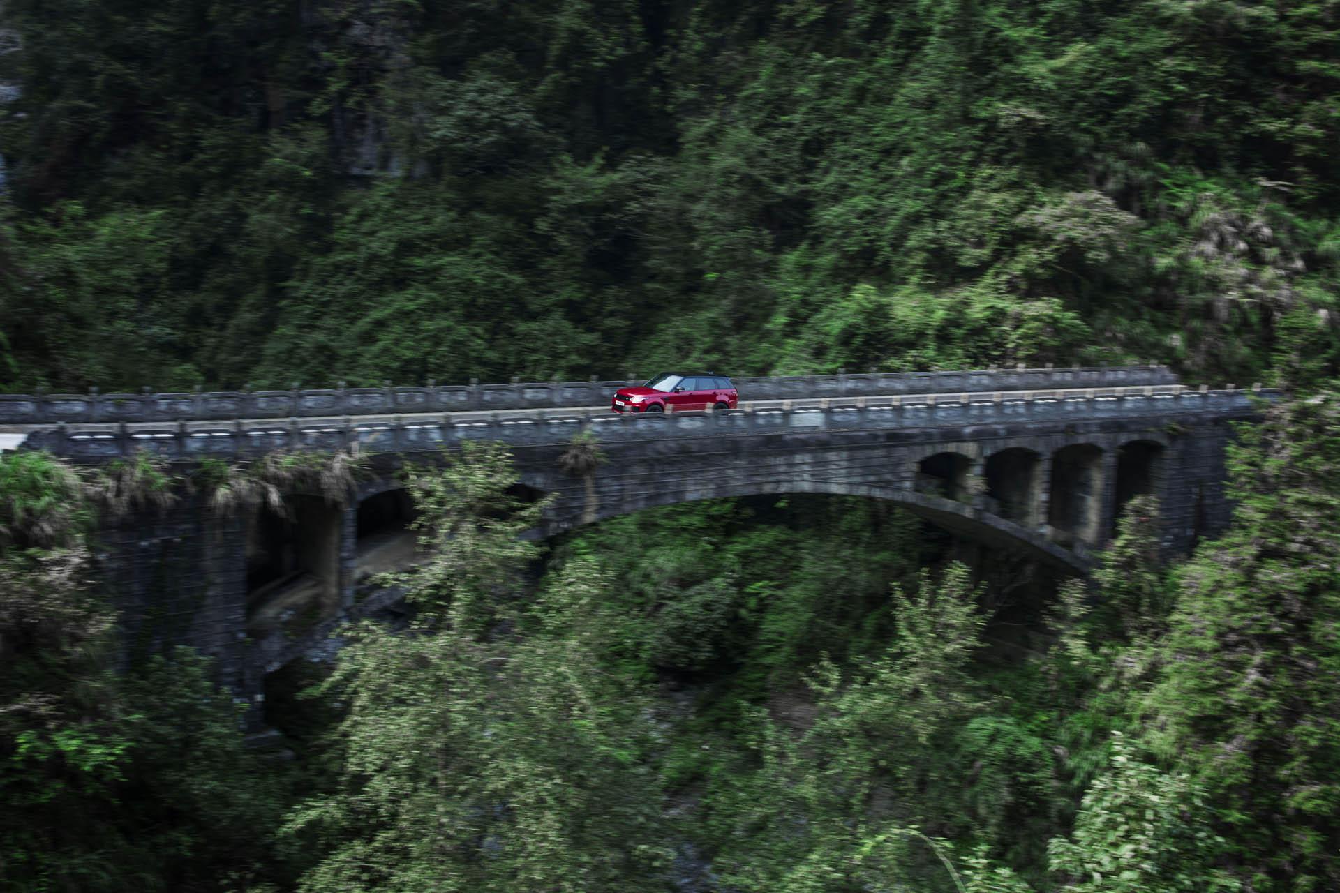 Range_Rover_Sport_PHEV_Dragon_Challenge_22