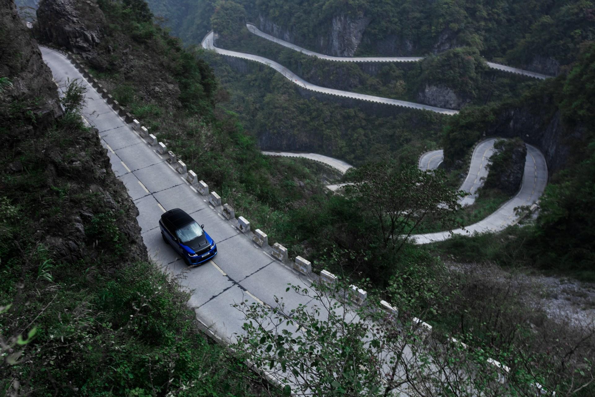 Range_Rover_Sport_SVR_0010