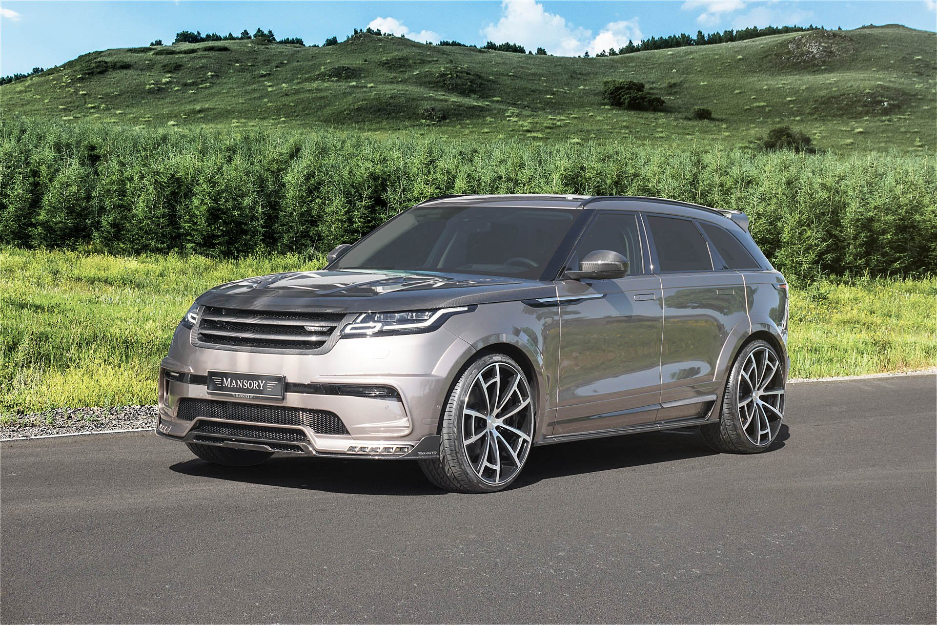 Range Rover Velar by Mansory (1)