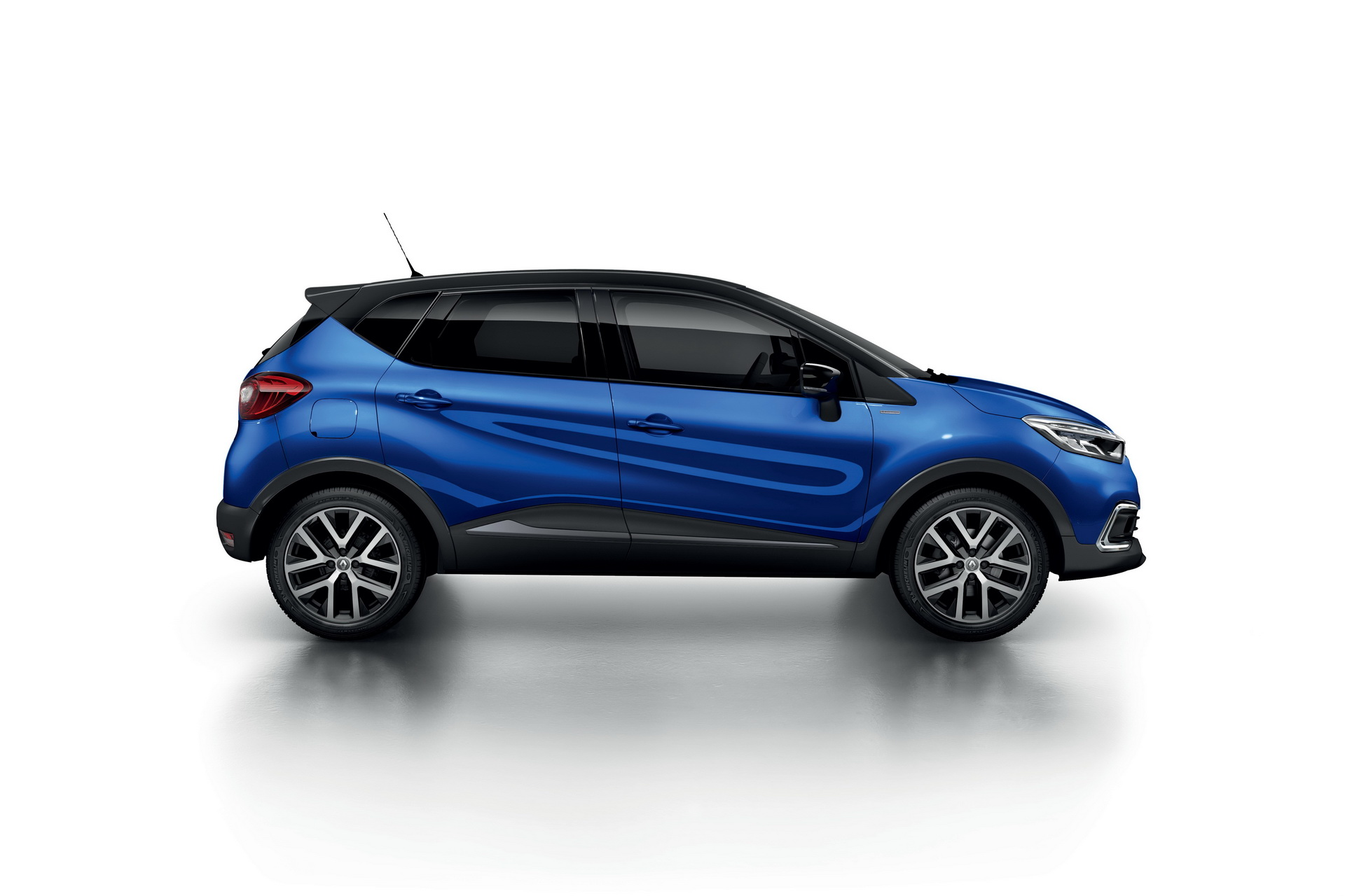 Renault_Captur_S-Edition_0001