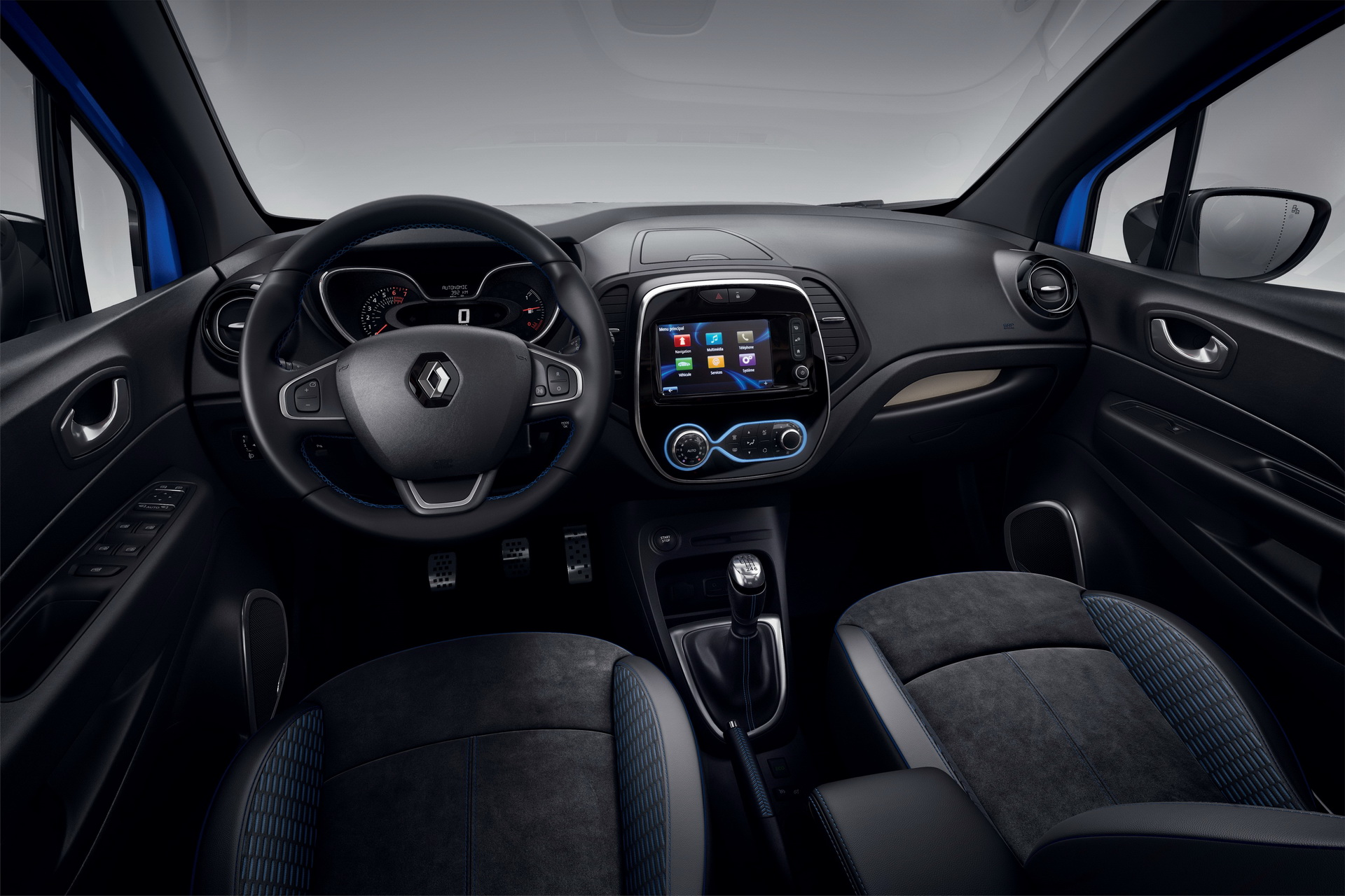 Renault_Captur_S-Edition_0006