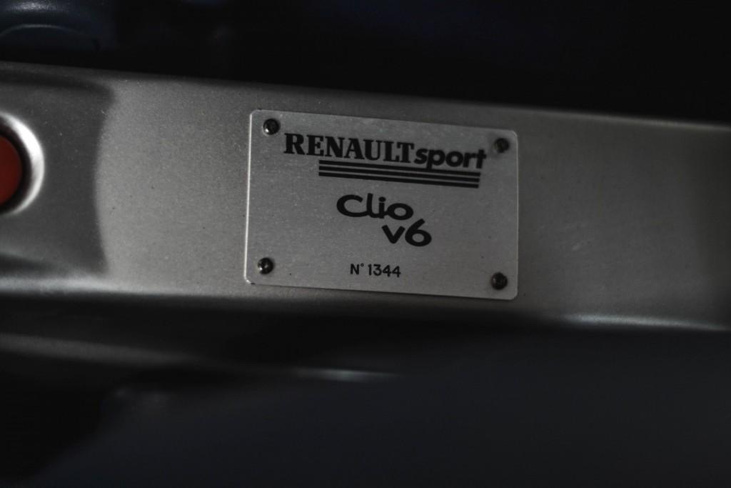 Renault Clio V6 (16)