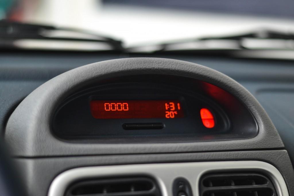 Renault Clio V6 (9)
