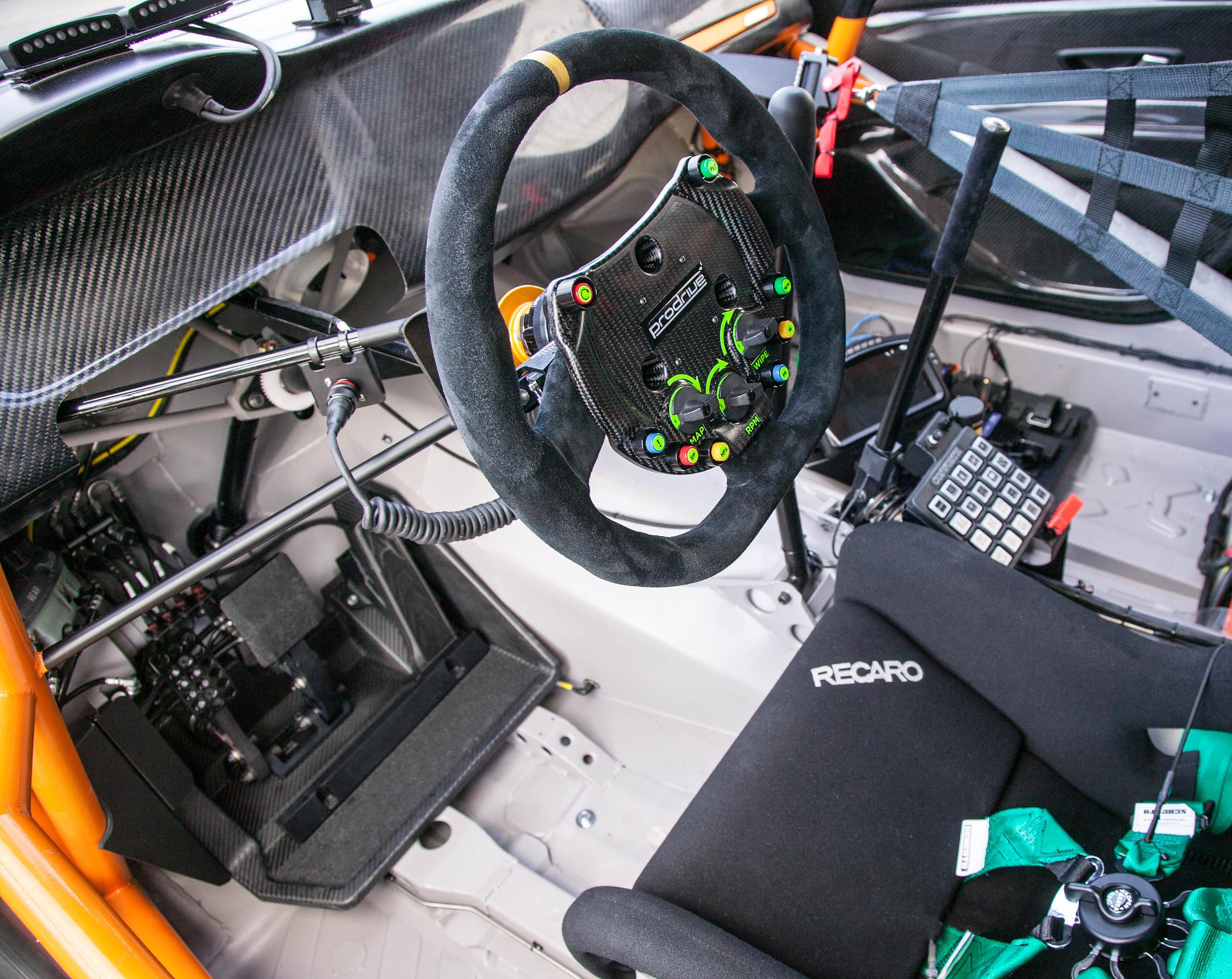 Renault_Megane_RS_RX_0007