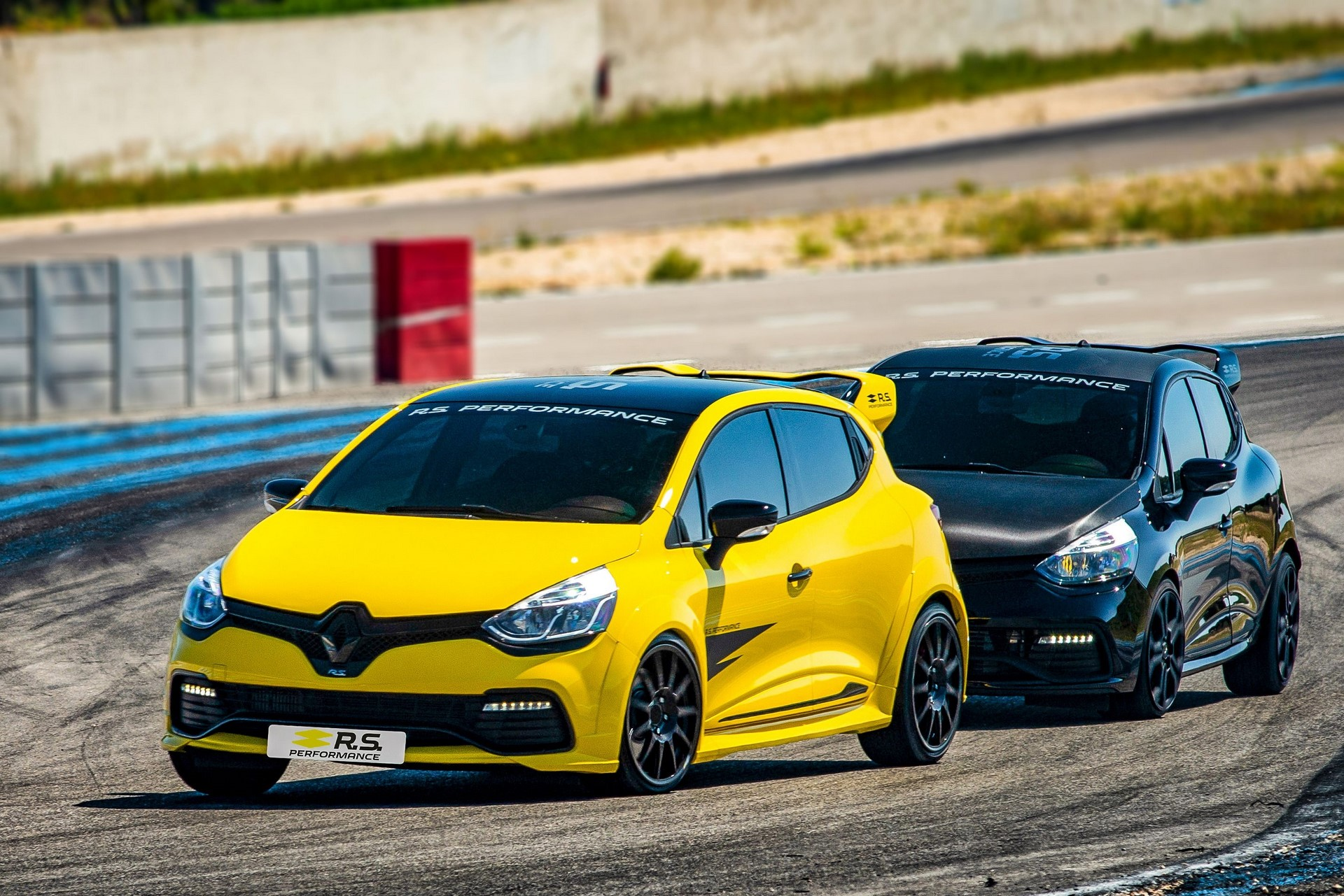 Index of /wp-content/gallery/2018/renault-rs-performance-parts-for