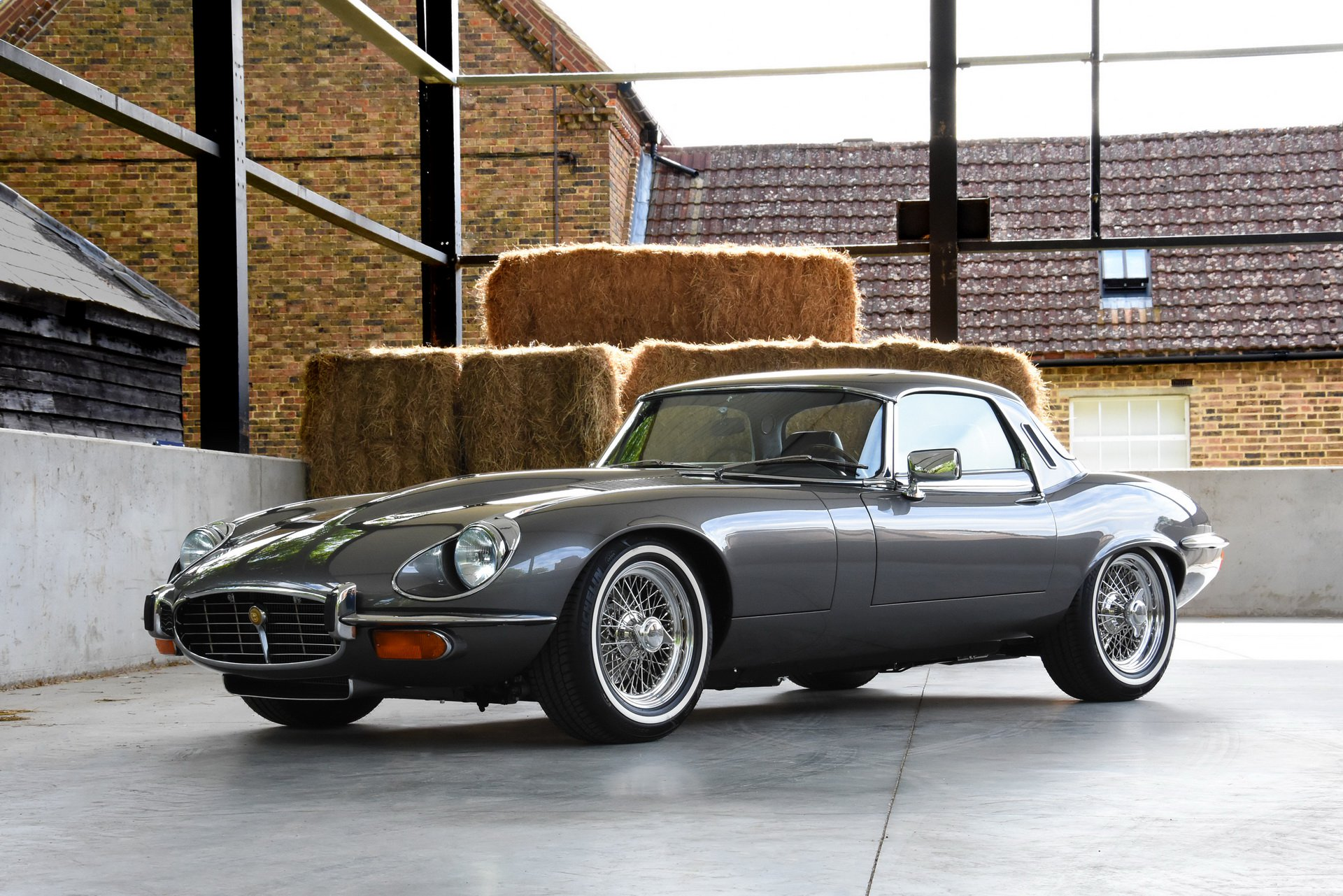 Restomod Jaguar E-Type 1