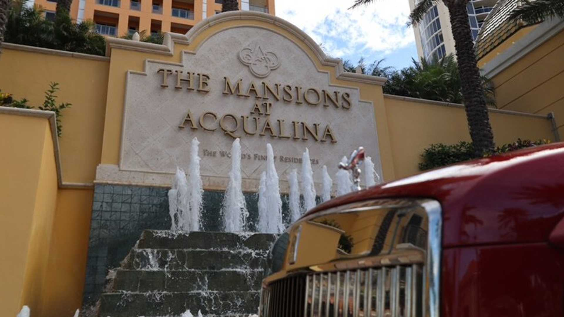 rolls-royce-at-mansions-at-acqualina
